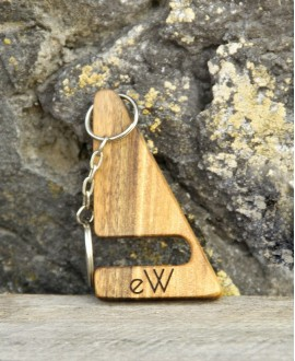 "Wooden phone stand ""Keychain"""