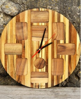 Wooden clock with photos