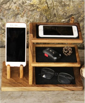 Wooden organizer for accessories