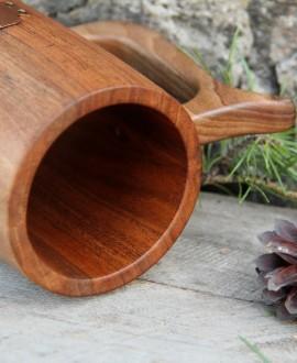 Деревянный пивной бокал цельный