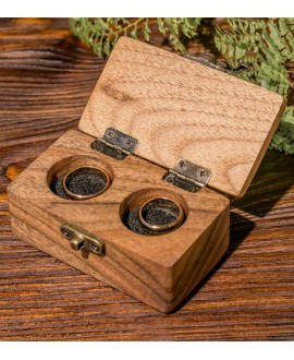 Box for rings made of wood