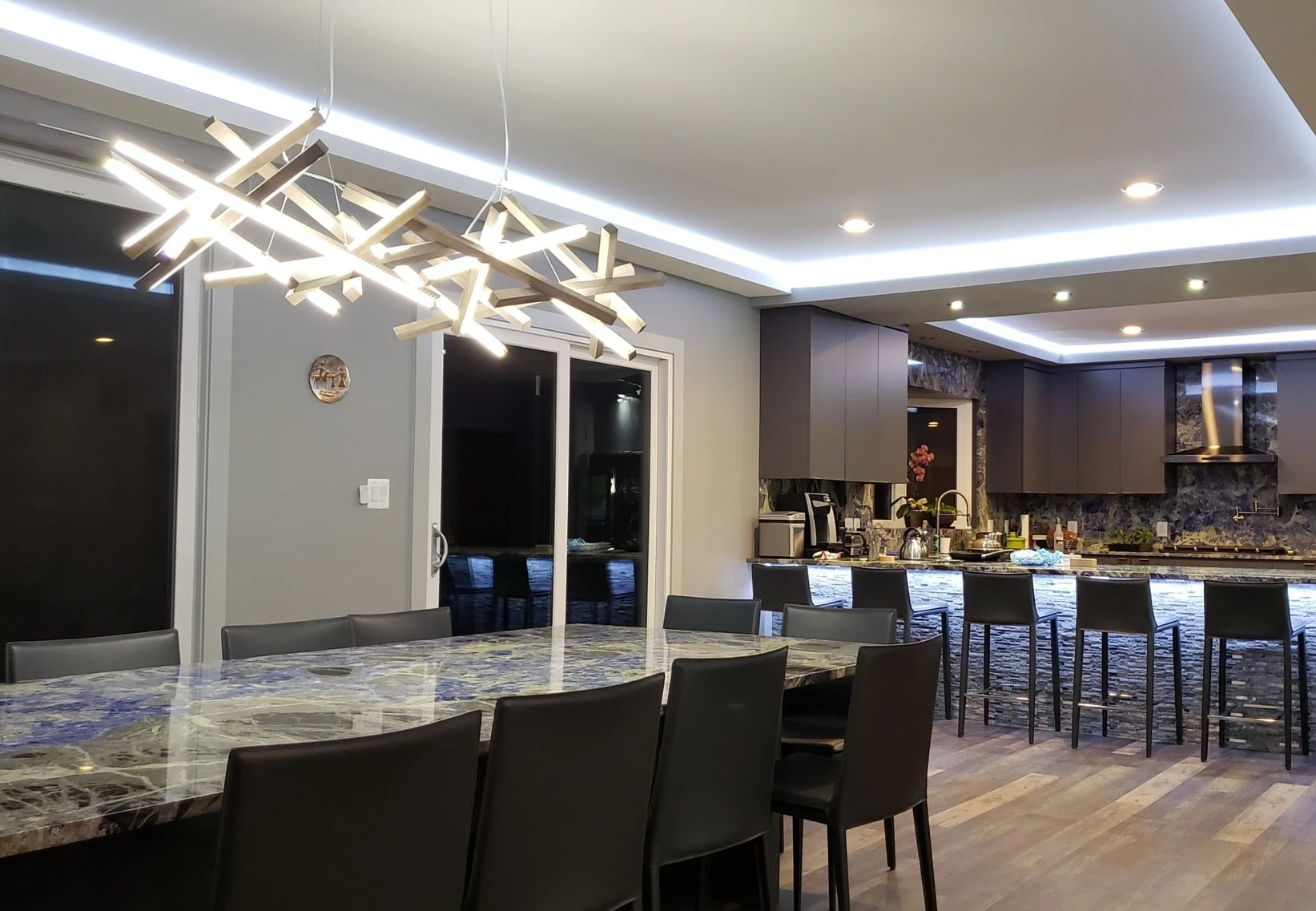 Wooden Led Chandeliers
